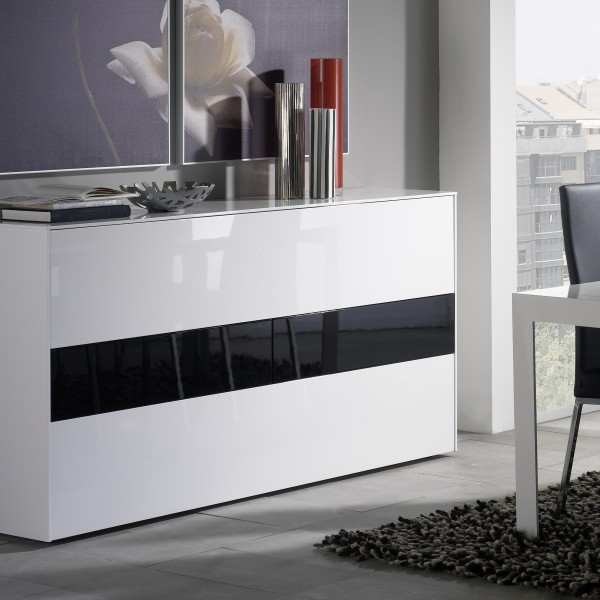Aparador de diseño blanco y negro