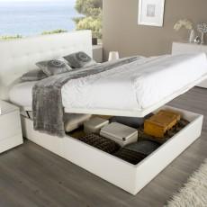 Dormitorio de diseño con arcón elevable