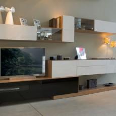 Mueble de salón moderno blanco y nogal claro