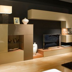 Mueble de salón de color arena y moka