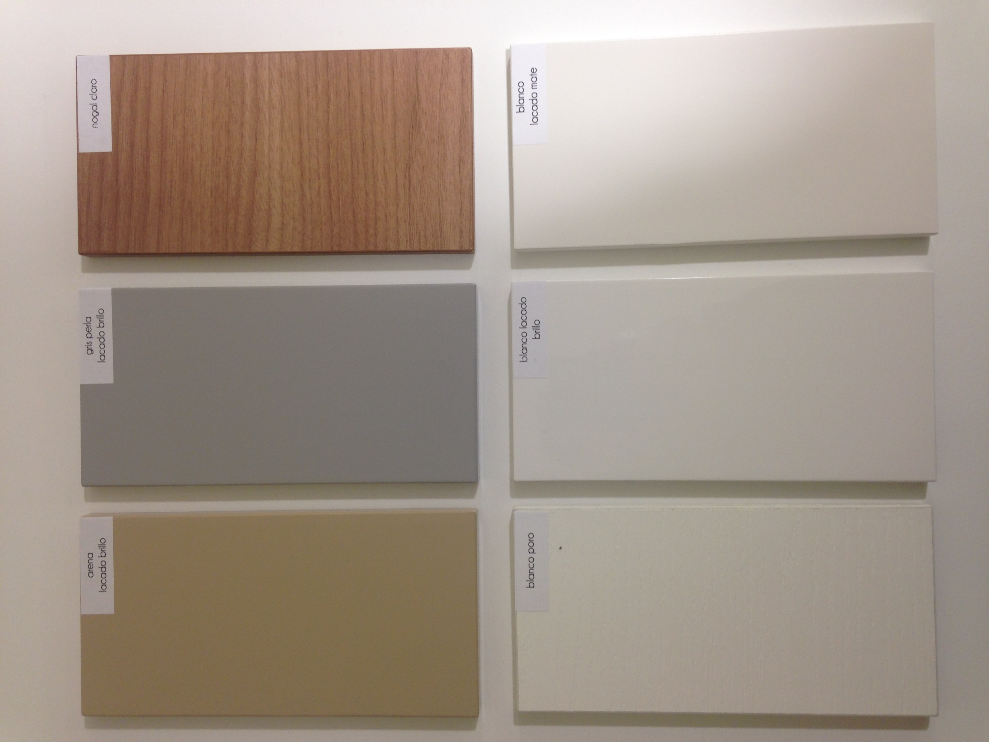 Muebles color gris perla 20170823004735 for Blanco perla pintura pared